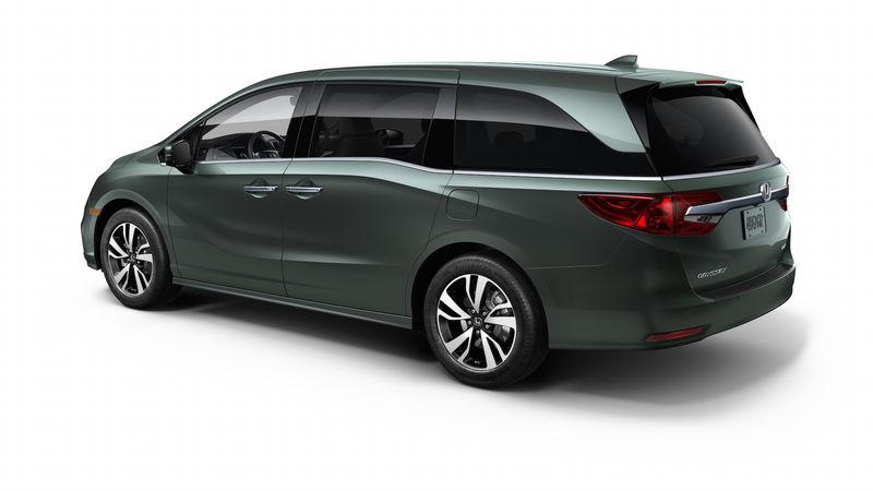Honda представила новый минивэн - «домохозяйки аплодируют» 1