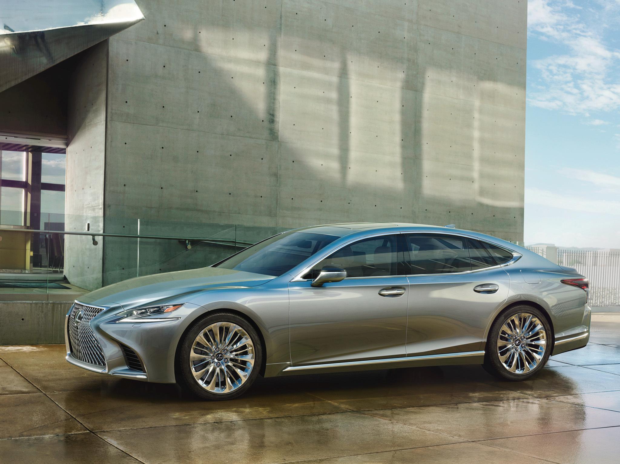 Самый дорогой седан Lexus пережил смену поколений 1