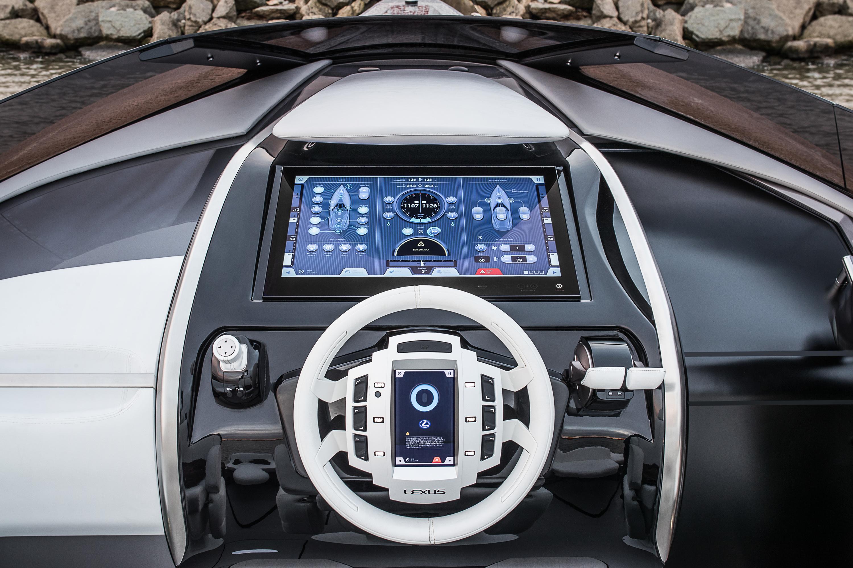 Lexus показал свою первую яхту 2
