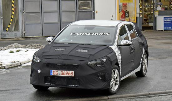 «Фотошпионы поймали» новый Kia Ceed 1
