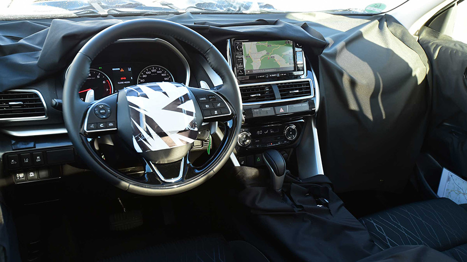 Спорткар Mitsubishi Eclipse станет кроссовером 3