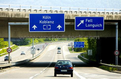 Автобаны Германии решили сделать платными для иностранцев 1