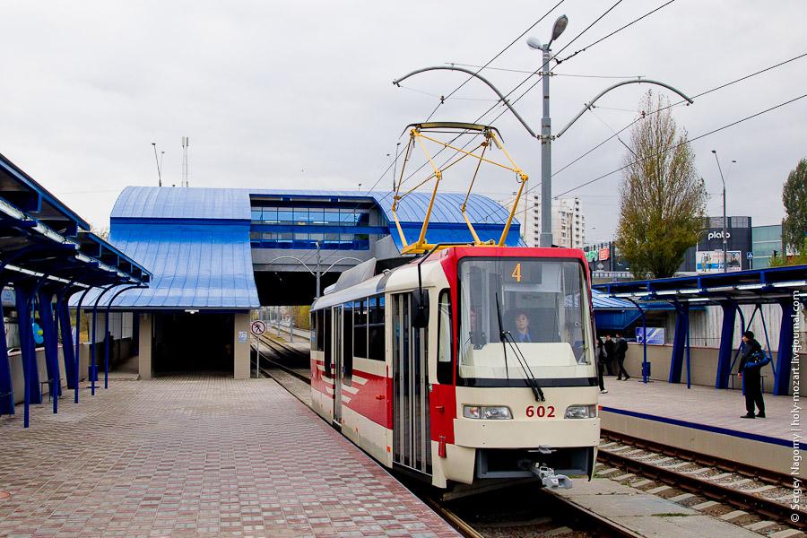 Центральные улицы Киева отдадут трамваям 1
