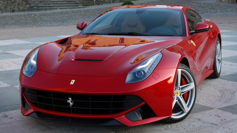 Ferrari F12M получит 800-сильный мотор V12 1