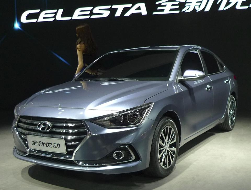 Китайский Hyundai Celesta в камуфляже замечен в Европе 1