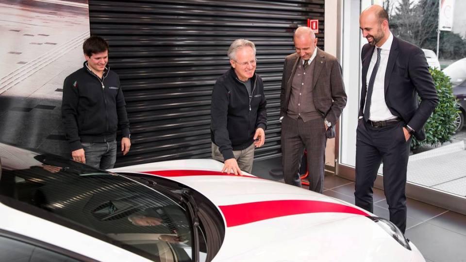 Основатель марки Pagani приобрел эксклюзивный Porsche 2