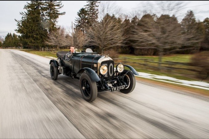 89-летний спорткар Bentley продают по цене 35 кроссоверов Bentayga 1