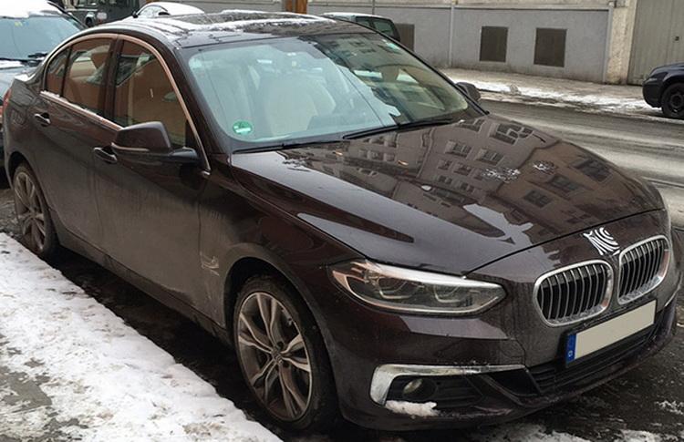 BMW 1 Series Sedan прибыл в Европу 1