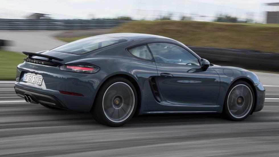 Porsche отзывает более 16 тысяч автомобилей по всему миру 2