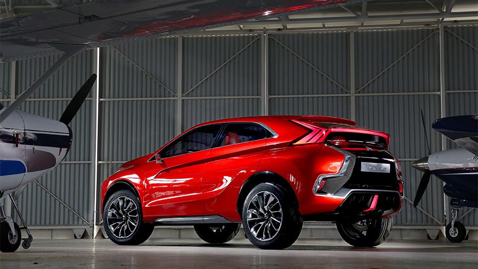 Спорткар Mitsubishi Eclipse станет кроссовером 2