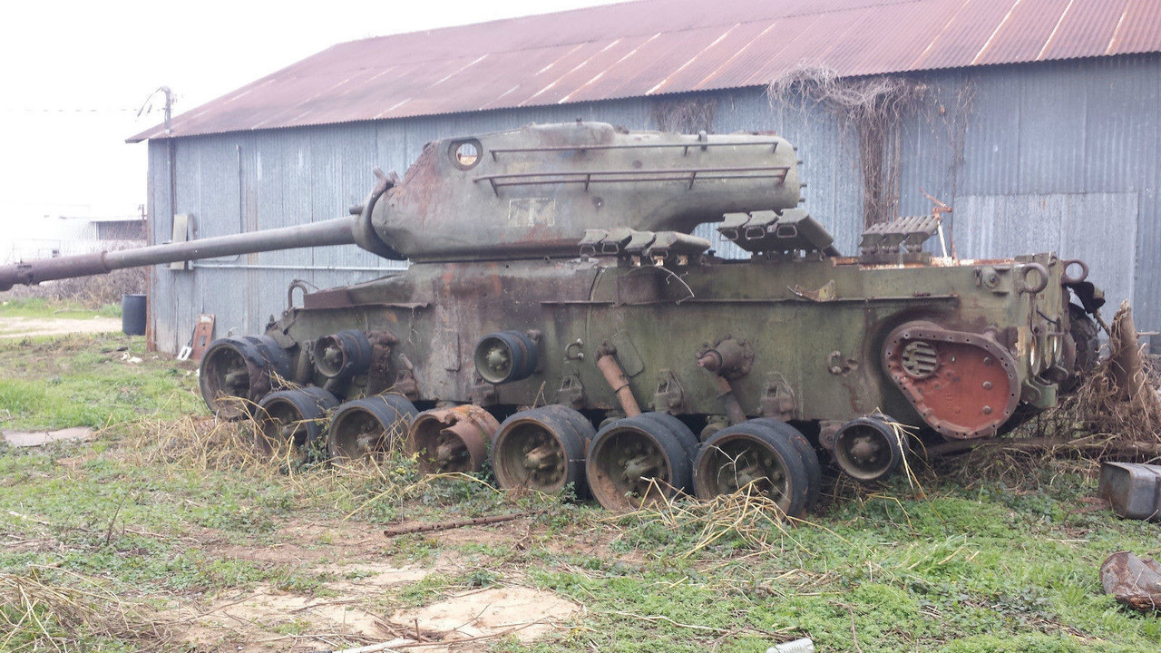 На аукцион выставили танк за $65 тыс 2