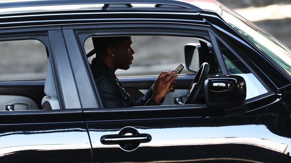Apple обвинили в неотключении SMS за рулем 1