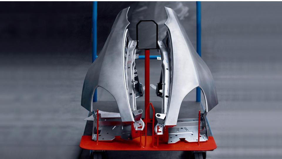 Alpine показала фото первой серийной модели 1
