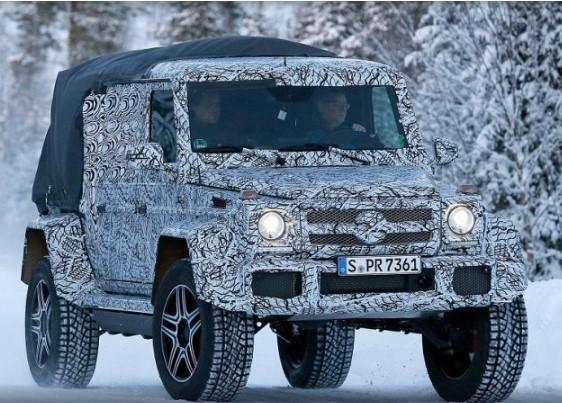 Mercedes-Benz выпустил на снег странный G500 1