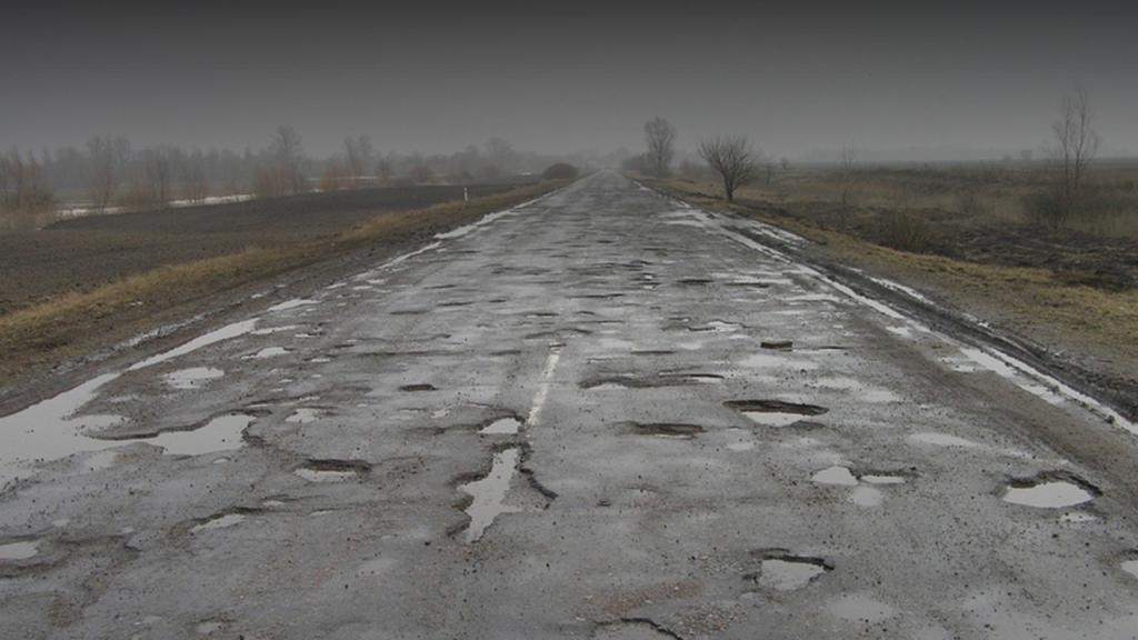Глава «Укравтодора» призвал ввести плату за проезд грузовиков по дорогам 1