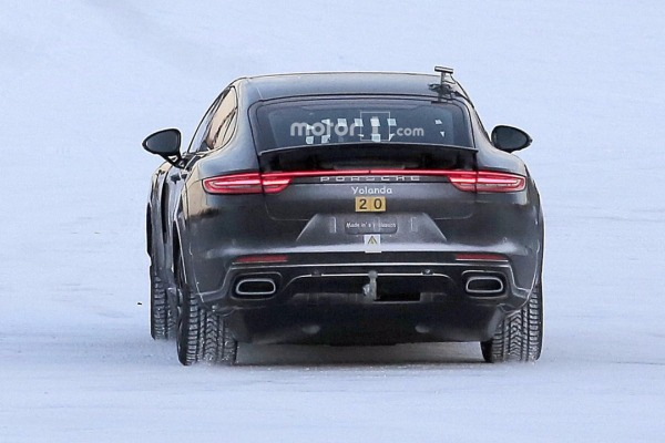 Porsche вывел на тесты электрический «Кайен» 3