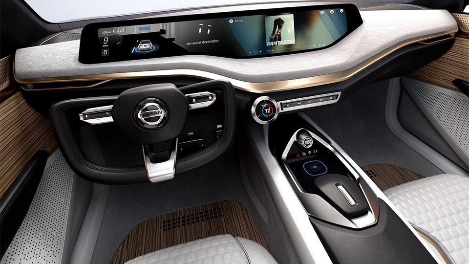 Nissan показал дизайн новых седанов на прототипе 3