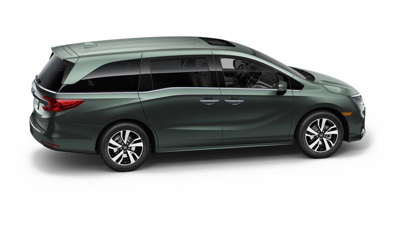 Honda представила новый минивэн - «домохозяйки аплодируют» 2