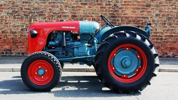 Компания Lamborghini презентовала уникальный трактор 1