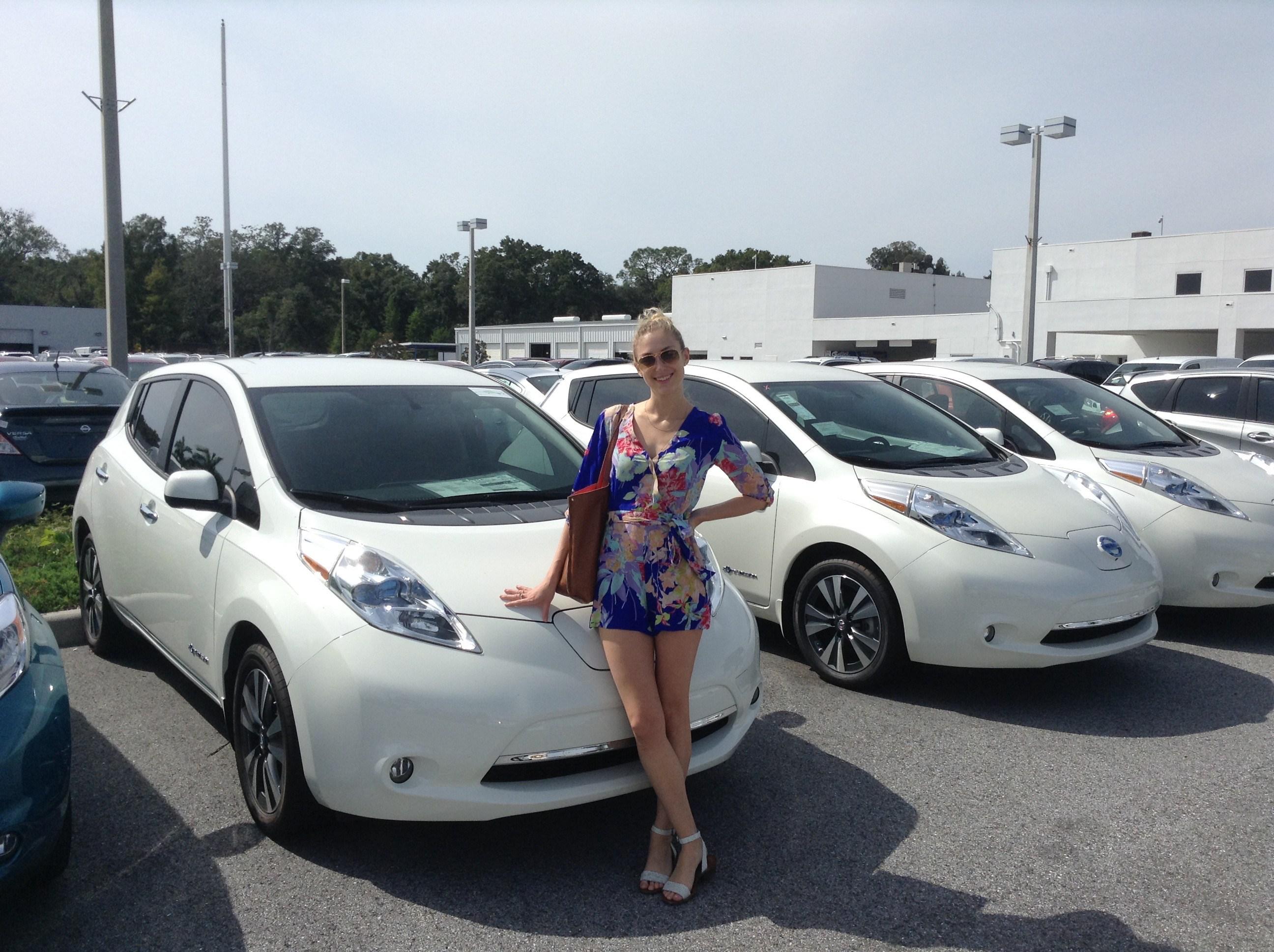 Nissan Leaf станет «беспилотником» 1