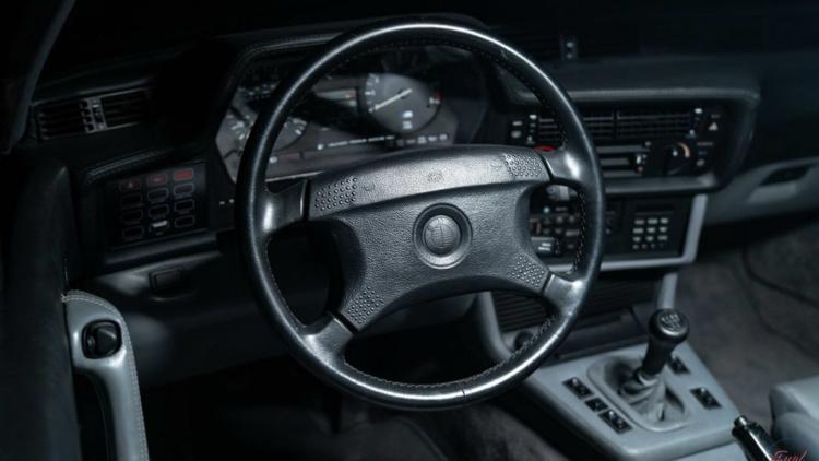 Редчайший BMW M6 продают за безумные деньги 3
