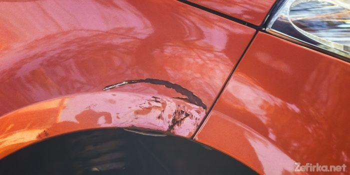 В Сети показали, как удаляют ржавчину с кузова автомобиля 1