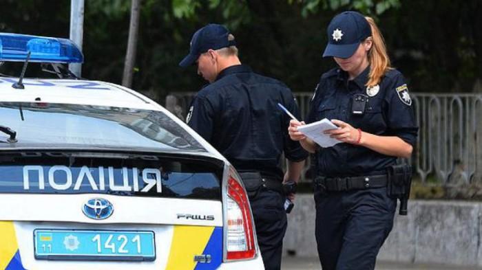 Как правильно остановиться по требованию полицейских, чтоб не нарваться на штраф 1