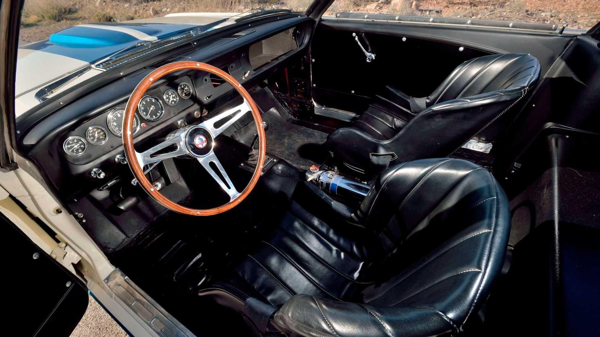 Самый дорогой «Мустанг» оценили, как десять новый Ferrari 2