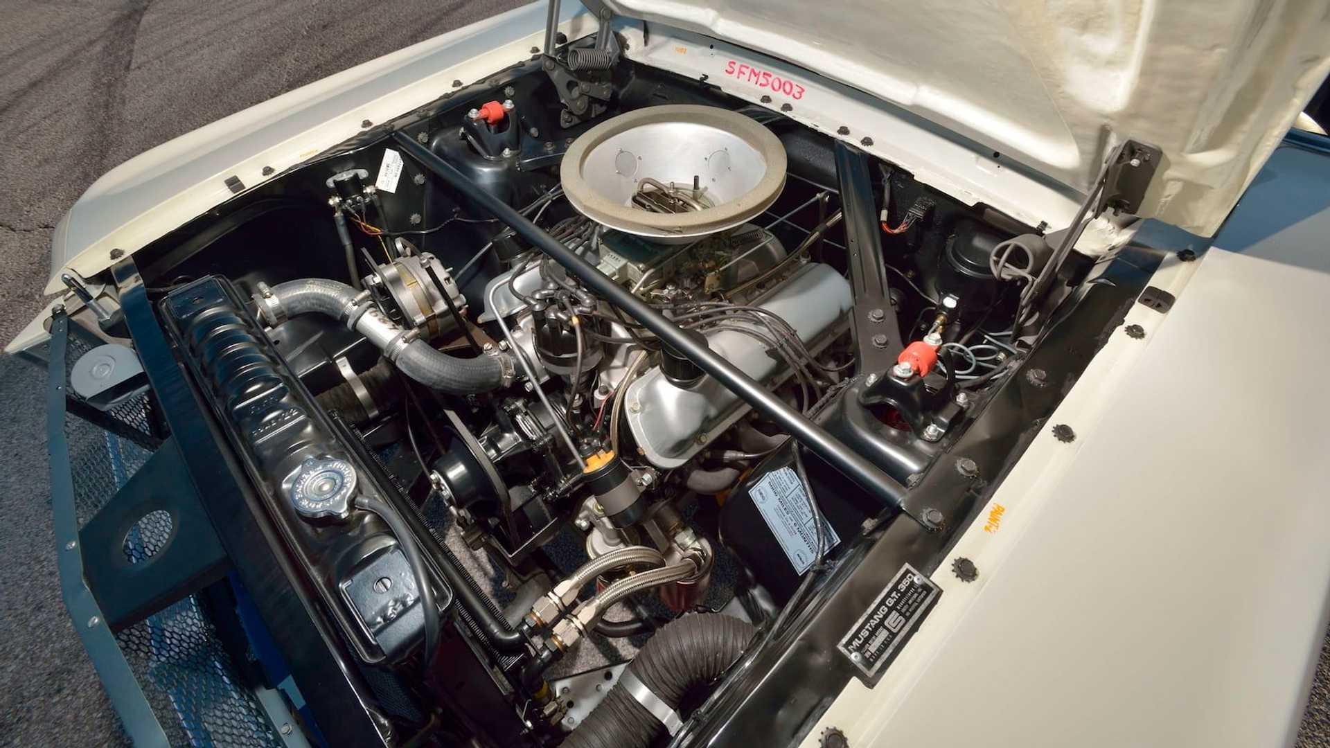 Самый дорогой «Мустанг» оценили, как десять новый Ferrari 3