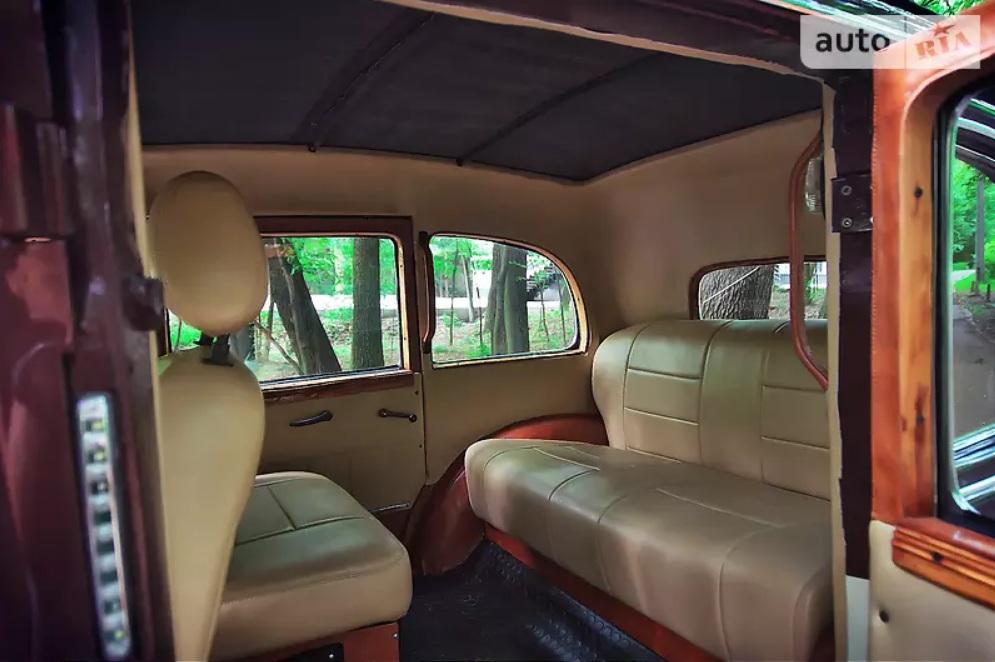 Украинец продает редкий 83-летний немецкий лимузин 3