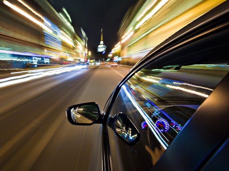 На украинских дорогах фиксируют очередные «рекорды скорости» 1