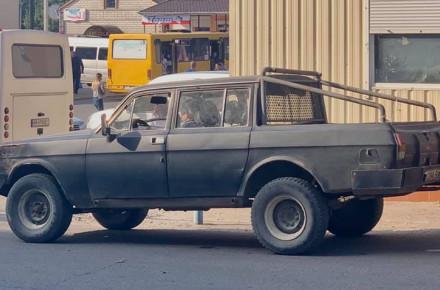 В Украине появилась необычная «Волга»-пикап 1