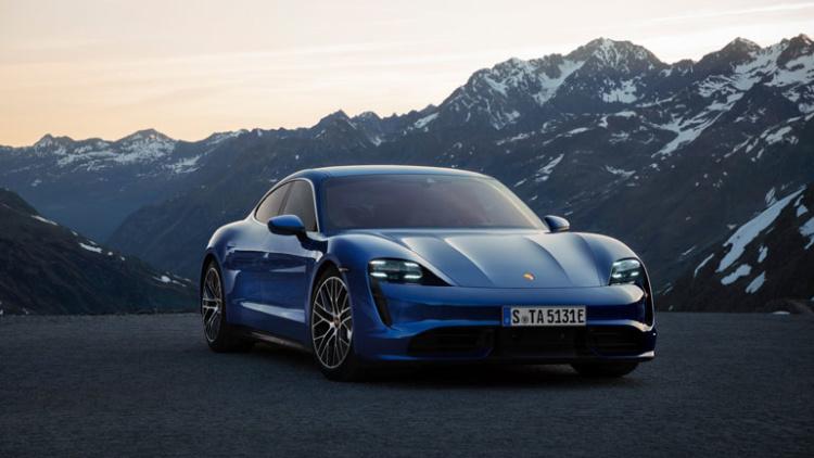 Электрокар Porsche Taycan стал бестселлером бренда 1
