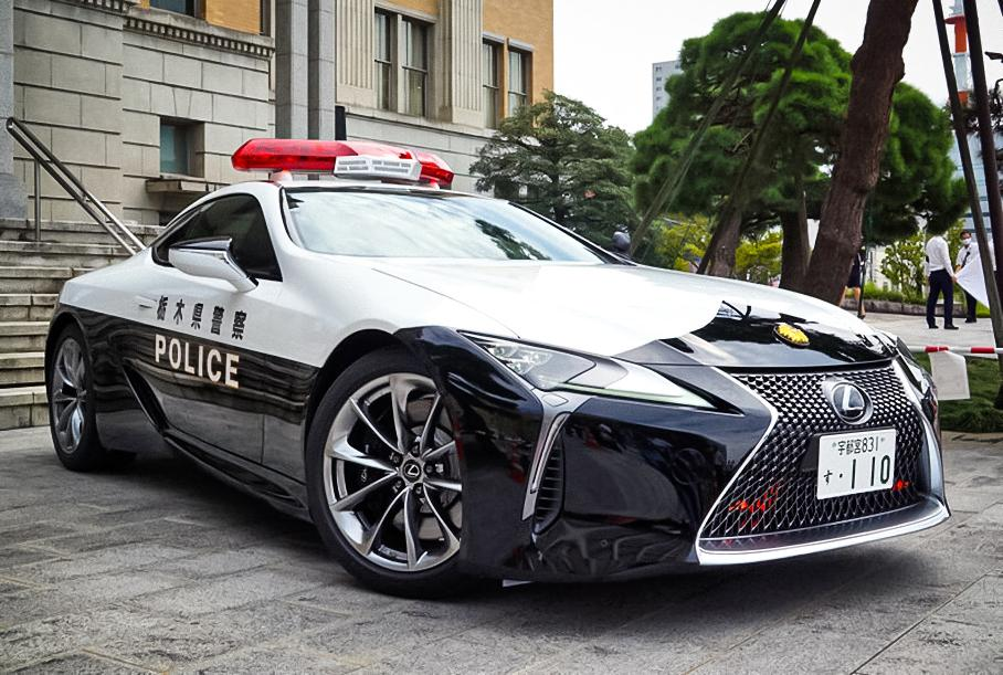 Lexus LC500 пополнит автопарк полиции 1