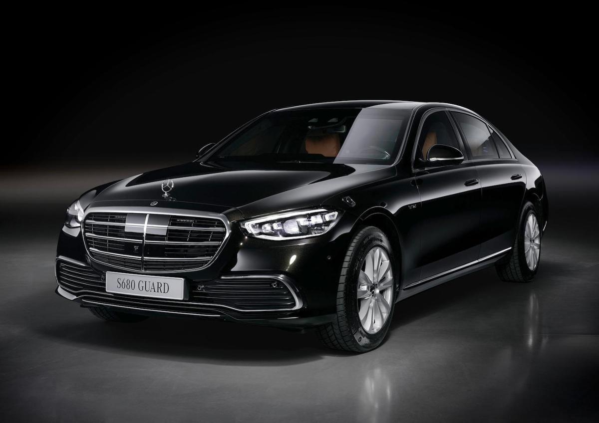 Mercedes представил бронированный S 680 Guard 4MATIC за полмиллиона евро 1