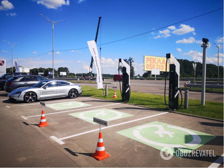 В Украине начала работать самая высокоскоростная зарядка для электромобилей 1