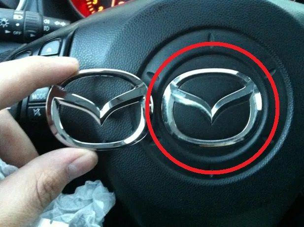 Сотни тысяч автомобилей Mazda отзывают из-за проблемы с логотипом 1