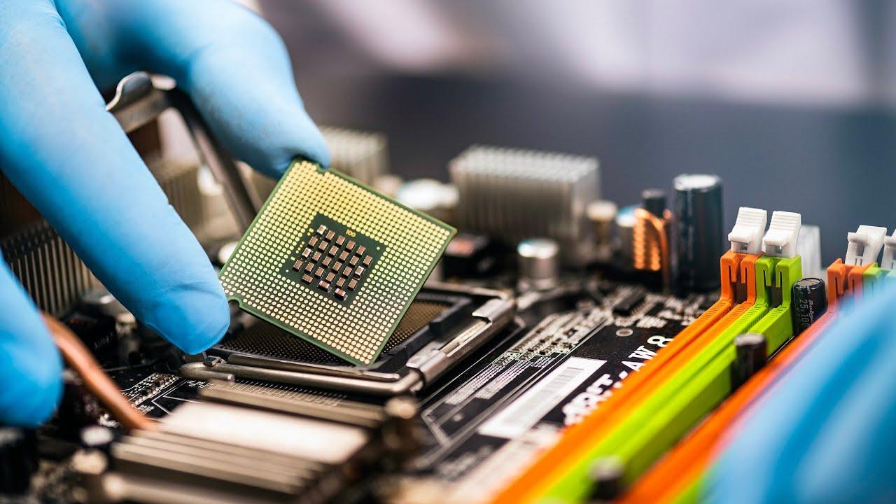 К чему приведет дефицит микрочипов в мировом автопроме 1