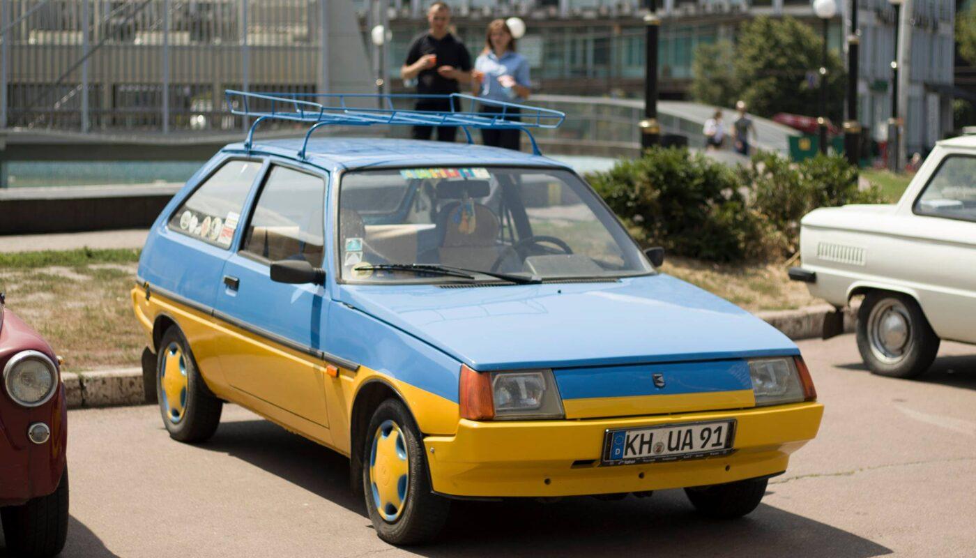 В Украине заметили необычную Таврию-«евробляху» 1