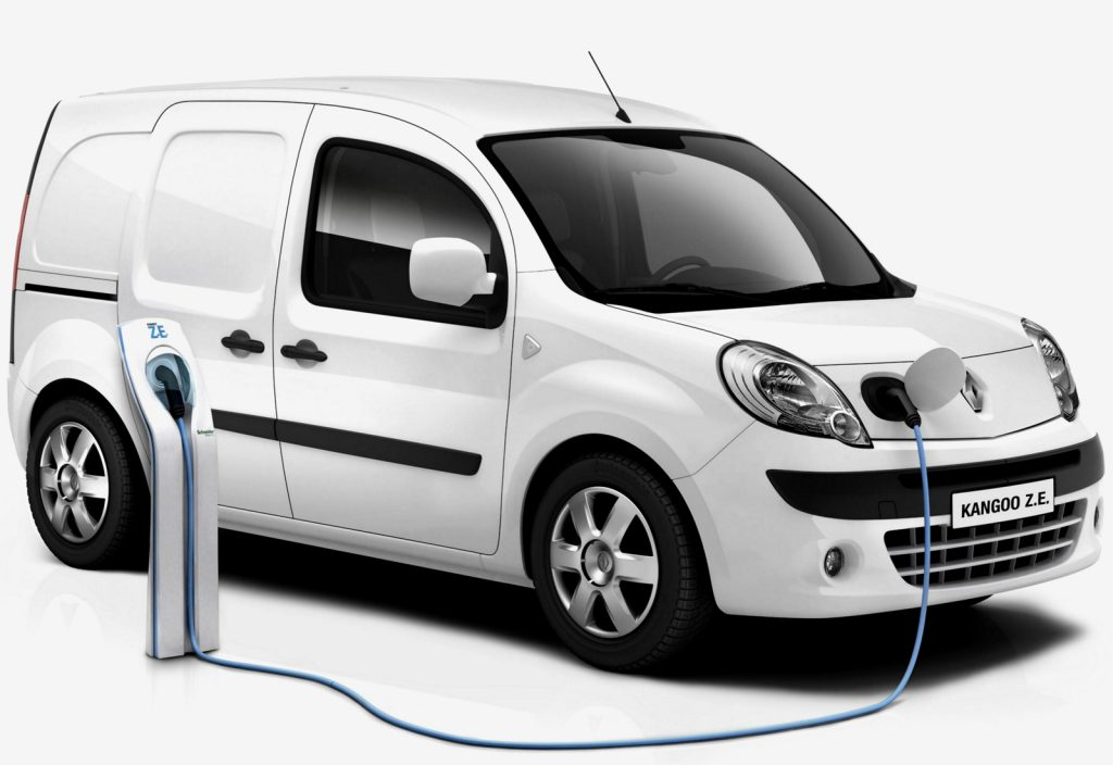 Украинцы начали покупать больше новых электрокаров 3