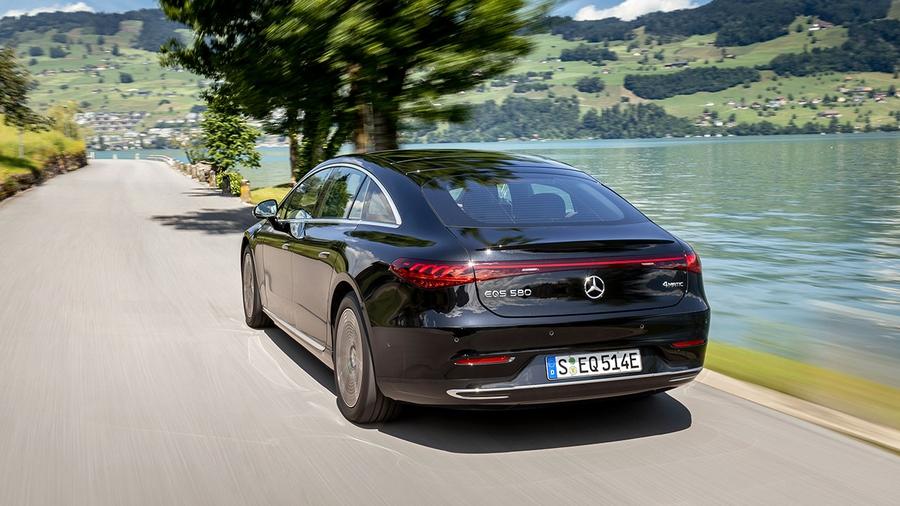 В Украине стартовали продажи электромобиля Mercedes-Benz EQS 2