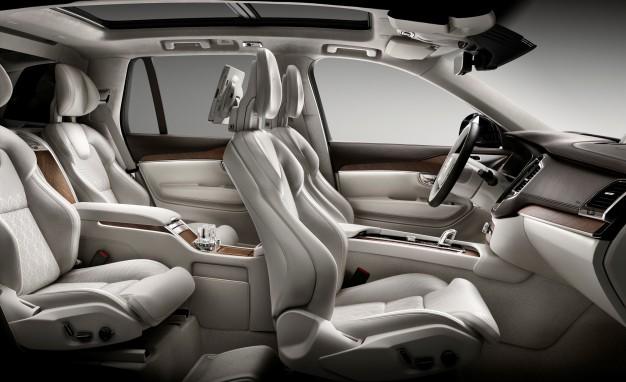 Роскошный Volvo XC90 Excellence дебютировал в Нью-Йорке 3