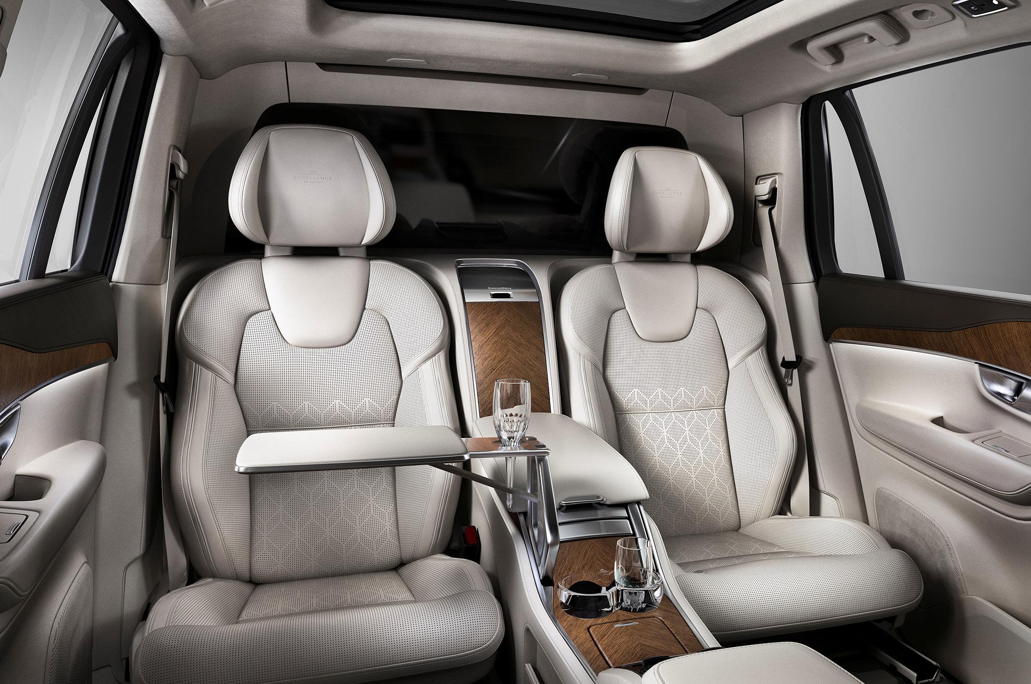 Роскошный Volvo XC90 Excellence дебютировал в Нью-Йорке 2