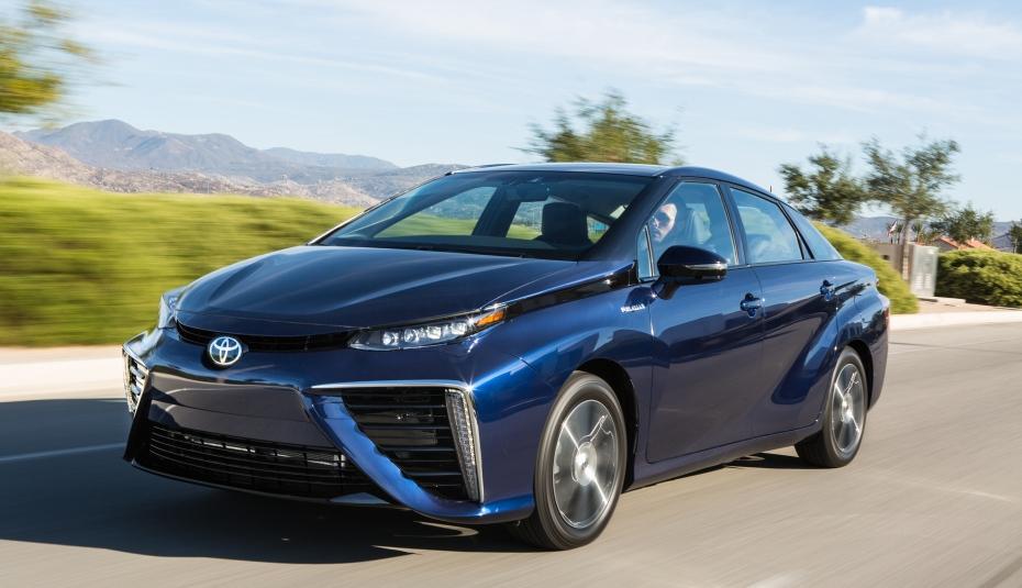 Водородная Toyota Mirai стремительно покоряет авторынки 1