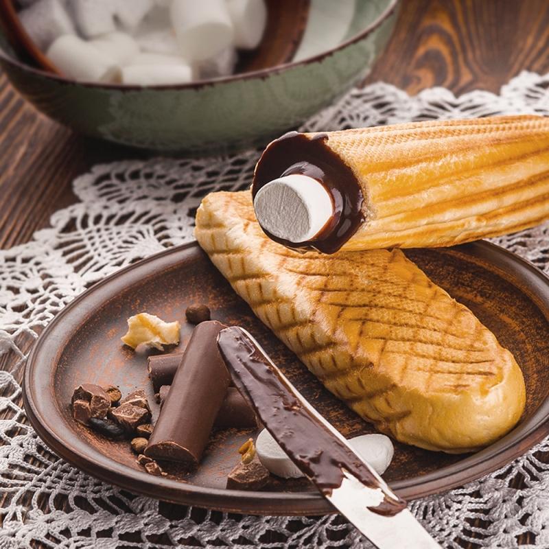 Шокирующая сладкая новинка – «ОККО» представляет шоколадный хот-дог 2