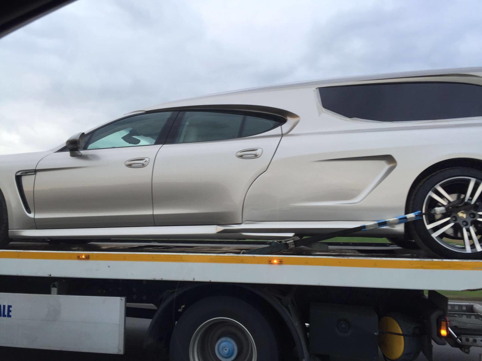 Porsche Panamera «превратился» в катафалк 1