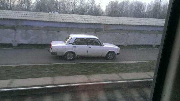 Украинский водитель устроил необычные гонки 1