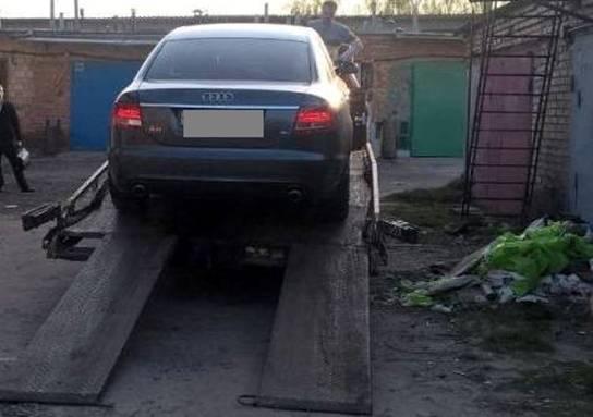 Полиция официально подтвердила то, что автомобиль Тараса Позднякова найден в гаражном кооперативе недалеко от Киева 1
