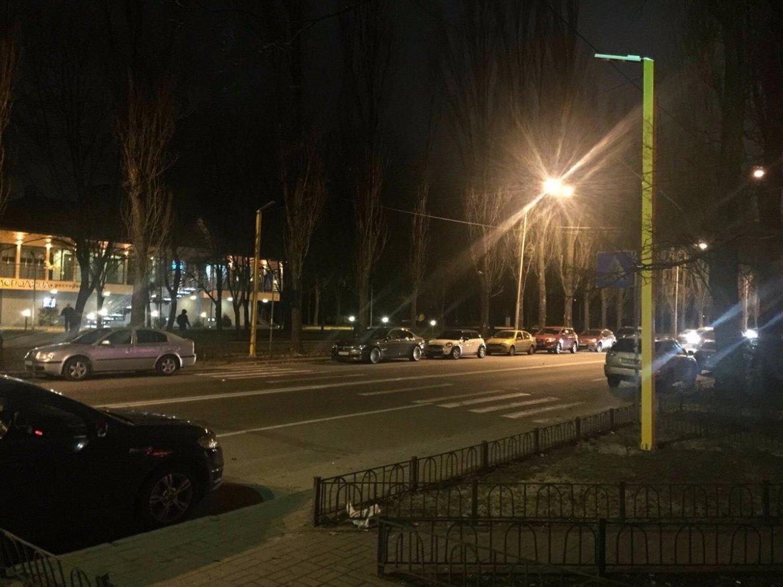 В Украине построили первый пешеходный переход с LED подсветкой 2