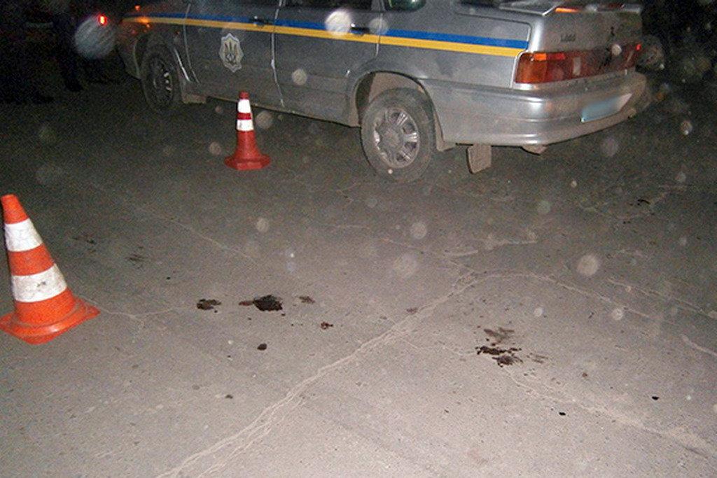 Владелец внедорожника напал на полицейский экипаж 2